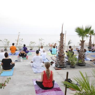 Settembre 2011 – Yoga sulla Spiaggia 2011