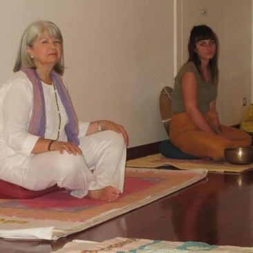 yoga e campane tibetane